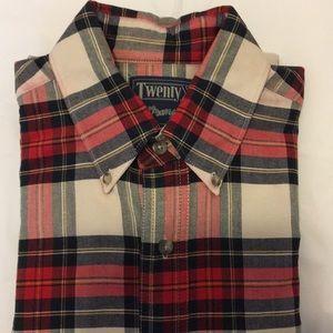 Wrangler TwentyX  15-1/2.    33/34 Plaid Shirt